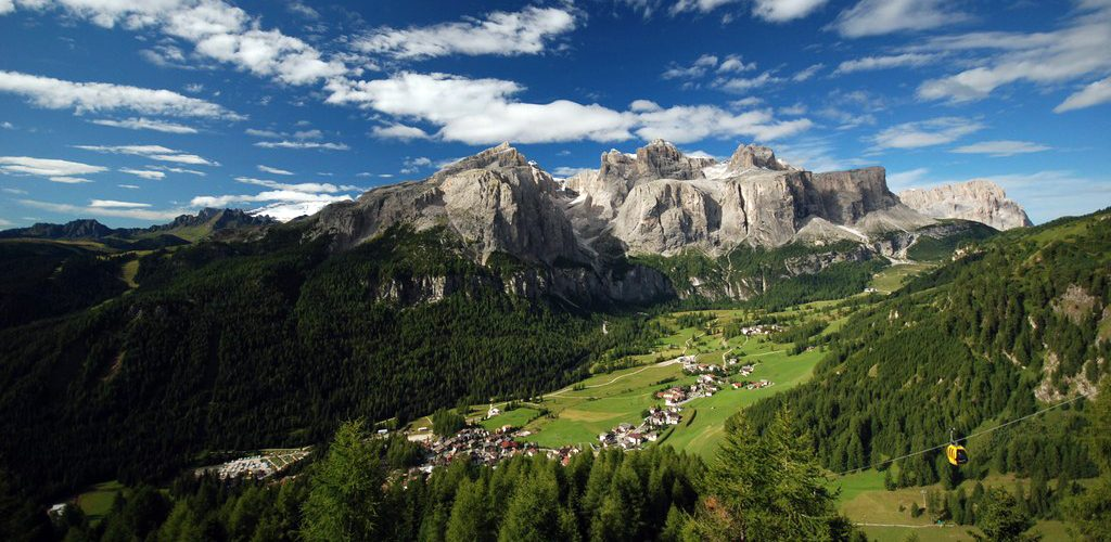 Favorite hot spot for my Giro d'Italia - near Corvara, view on the Sella group